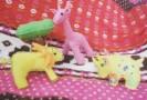 ライオンが友達になりました。キリンとサイと井戸端会議。
